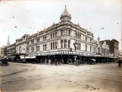 Queens building late 1930's